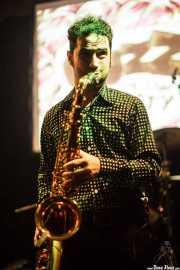 Kieran Ridgers, saxofonista de Oh! Gunquit (Hika Ateneo, Bilbao, 2016)