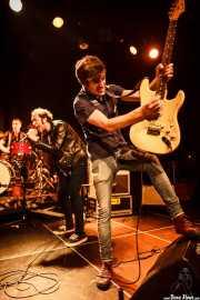 Joseba Arza -batería-, Kurt Baker -voz- y Luiyi Costa -guitarra- de Bullet Proof Lovers (Intxaurrondo K.E., Donostia / San Sebastián, 2016)