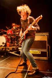 Mikel Toyos, guitarrista y cantante de The Lookers (Intxaurrondo K.E., Donostia / San Sebastián, 2016)