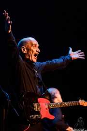Wilko Johnson, cantante y guitarrista de Wilko Johnson Band (Teatro Victoria Eugenia Antzokia, Donostia / San Sebastián, 2016)