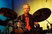 Jonathan Lee, baterista de The James Hunter Six (Social Antzokia, Basauri, 2016)