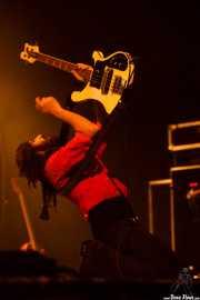 Ian Peres, bajista y teclista de Wolfmother (Santana 27, Bilbao, 2016)