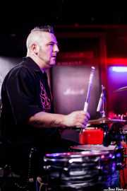 Rober Gurt del Rio, baterista de Screamers & Sinners (Sala Edaska, Barakaldo, 2016)