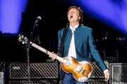 Paul McCartney, cantante, bajista, guitarrista, pianista (Estadio Vicente Calderón, Madrid, 2016)
