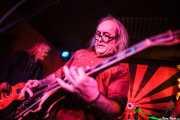 Xabi Garre -guitarra y voz-y Adolfo Alcocer -guitarra, voz y bajo- de Pow Pow Pows (Phantom Club, Madrid, 2016)