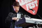 Alan Dunn, teclista y acordeonista de Bob Geldof (Music Legends Fest, Sondika, 2016)