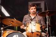 Alberto Chamorro, baterista de Los Brazos (Azkena Rock Festival, Vitoria-Gasteiz, 2016)