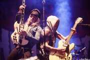 Nicke Andersson -voz y guitarra- y Dregen -guitarra- de The Hellacopters (Azkena Rock Festival, Vitoria-Gasteiz, 2016)
