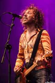 Kim Salmon, cantante, guitarrista y armonicista de The Scientists (Azkena Rock Festival, Vitoria-Gasteiz, 2016)