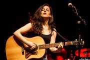 Sara Comerón, cantante y guitarrista de Frank (Sala BBK, Bilbao, 2016)