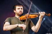 Xabi Etcheverry, cantante y violinista de Begiz Begi (Bilbao BBK Live, Bilbao, 2016)