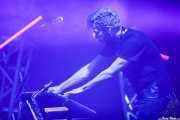 Ian Young, teclista y saxofonista de M83 (Bilbao BBK Live, Bilbao, 2016)