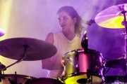 Sarah Jones, baterista de Hot Chip (Bilbao BBK Live, Bilbao, 2016)