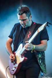 Jordi Roig, guitarrista de Love Of Lesbian (Bilbao BBK Live, Bilbao, 2016)