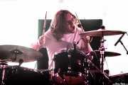 Joe Donovan, baterista de Blossoms (Bilbao BBK Live, Bilbao, 2016)