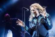 Robert Plant -voz- y John Baggott -teclado- de Robert Plant & The Sensational Space Shifters (Bilbao Arena, Bilbao, 2016)