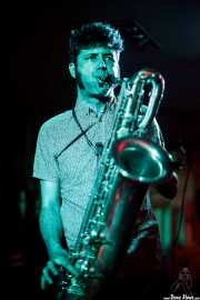 Daniel Niño, saxofonista, de The Limboos (Satélite T, Bilbao, 2016)