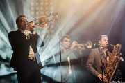 Chad Fisher -trombón-, Allen Branstetter -trompeta-, Jason Mingledorff -saxofón- de St. Paul & The Broken Bones (Mundaka Festival, Mundaka, 2016)