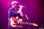 Tom Fleming, bajista de Wild Beasts (aquí con guitarra) (BIME festival, Barakaldo, 2016)