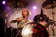 Zach Wood, baterista de Like a Storm (Santana 27, Bilbao, 2016)