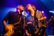 Kurt Bloch -guitarra- y Jim Sangster -bajo- de Young Fresh Fellows (Kafe Antzokia, Bilbao, 2016)