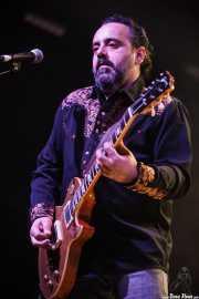 Coco Kin, guitarrista de The Kleejoss Band (Santana 27, Bilbao, 2016)