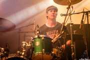 Sam Malakiam, baterista de Kurt Baker Combo (Santana 27, Bilbao, 2016)