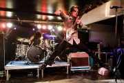 Pat Beers -voz y guitarra- y Lety Beers -batería- de The Schizophonics (Purple Weekend Festival, León, 2016)