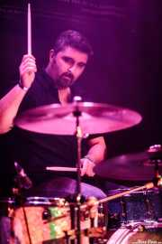 Alberto Chamorro, baterista de Los Brazos (Santana 27, Bilbao, 2016)