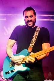 """Guillermo Gutiérrez """"William"""", cantante y guitarrista de Los Brazos (Santana 27, Bilbao, 2016)"""
