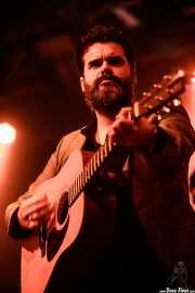 Álvaro Segovia, guitarrista de Homenaje a The Concert for Bangladesh. George Harrison (Santana 27, Bilbao, 2016)