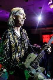 Keith Streng, guitarrista y cantante de The Fleshtones (Kafe Antzokia, Bilbao, 2017)