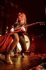 Kirsty Lowrey, cantante y guitarrista de The Pearl Harts (Zentral, Iruña / Pamplona, 2017)