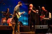 June Core -batería-, Matt Stubbs -guitarra-, Charlie Musselwhite -voz y armónica- y Frank Randall -bajo- (Sala BBK, Bilbao, 2017)