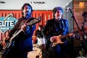 """Raúl Fernández -guitarra-, Roque Torralva -batería- y Andrés Herrera Ruíz """"Pájaro"""" -guitarra y voz- (Satélite T, Bilbao, 2017)"""