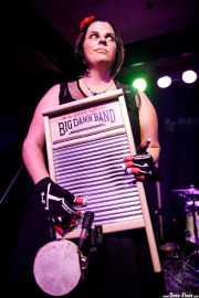 """Washboard"" Breezy Peyton, washboard de The Reverend Peyton's Big Damn Band (Kafe Antzokia, Bilbao, 2017)"