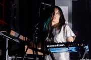 Sanae Yamada, cantante y teclista de Moon Duo (Kafe Antzokia, Bilbao, 2017)