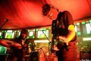 "Antonio Pelomono -batería- y Pedro de Dios Barcelo ""Perico"" -guitarra- de Pelo Mono (Azkena Rock Festival, Vitoria-Gasteiz, 2017)"