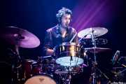 Diego Sapignoli, baterista de Huge Race Fatalists (Kafe Antzokia, Bilbao, 2017)