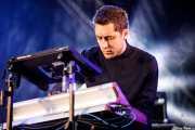 Dorian Wolf, bajista y moog de Austra (Bilbao BBK Live, Bilbao, 2017)