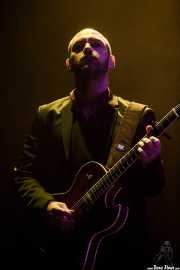 Toni Brunet, guitarrista de Coque Malla (Bilbao BBK Live, Bilbao, 2017)
