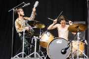 Guillermo Sinnerman -voz y guitarra- y Borja Téllez -voz y batería- de Los Bengala (Bilbao BBK Live, Bilbao, 2017)