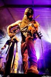 Goiatz Dutto, cantante y violinista de Moonshine Wagon (Aste Nagusia - Algara Txosna, Bilbao, 2017)