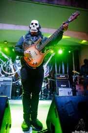 El Jíbaro, bajista de Los Tiki Phantoms (Festivalle Tobalina, Quintana Martín Galíndez, 2017)