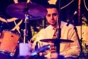 Francis Needham, baterista de Sugar Daddy & The Cereal Killers (Festivalle Tobalina, Quintana Martín Galíndez, 2017)
