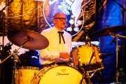 Ravi Low-Beer, baterista de MFC Chicken (Festivalle Tobalina, Quintana Martín Galíndez, 2017)