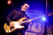 Russ Wilkins, cantante, bajista y guitarrista de The Mindreaders (Funtastic Dracula Carnival, Benidorm, 2017)