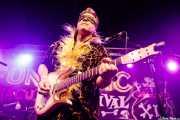 Eddie Angel, guitarrista de The Neanderthals (Funtastic Dracula Carnival, Benidorm, 2017)
