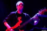 Paul Page, bajista de Ian Hunter & The Rant Band (Kafe Antzokia, Bilbao, 2017)