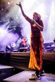 Carla Moreno y Alba Rihe, cantantes de Las Bistecs (BIME festival, Barakaldo, 2017)
